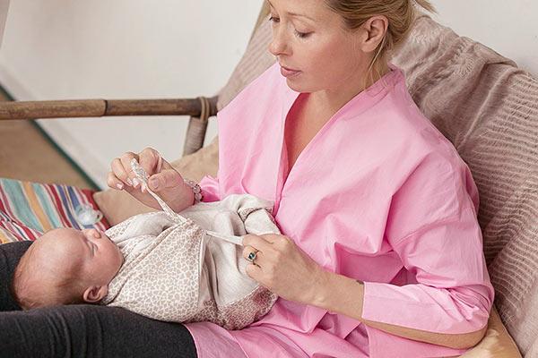 Otulacz wiązany dla noworodka